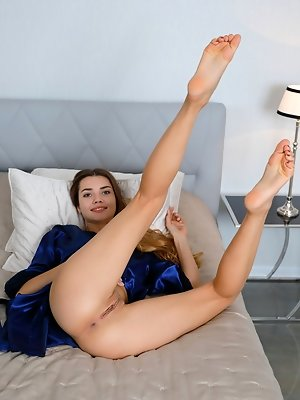 Top model Georgia...